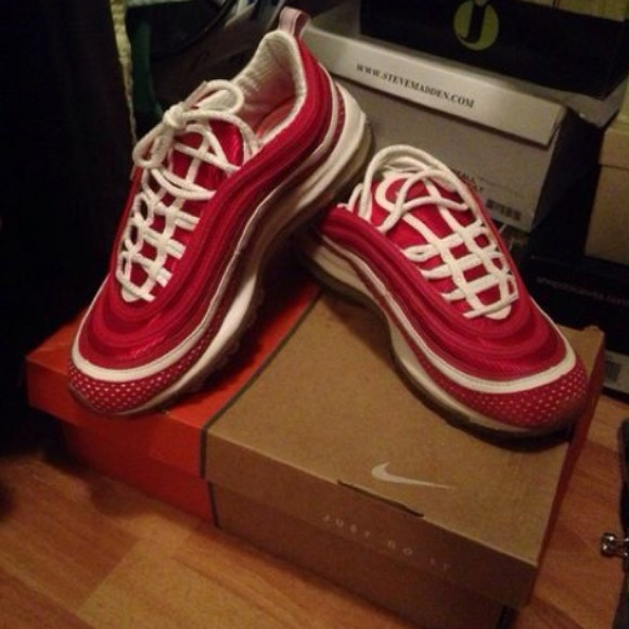 huge discount 0c1fa 481ba Valentines Day Edition Air Max 97